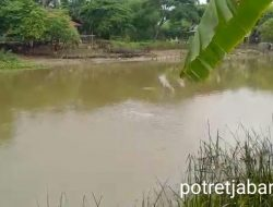 Pipa Pertamina Bocor Ada di Sungai Ciherang