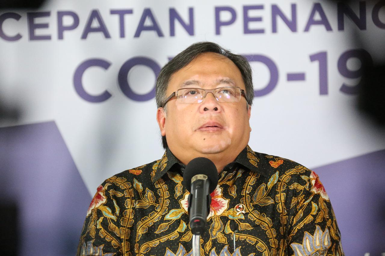 Menristek Bambang P. S. Brodjonegoro dalam keterangan resmi di Media Center Gugus Tugas Percepatan Penanganan COVID-19, Graha Badan Nasional Penanggulangan Bencana (BNPB), Jakarta, Minggu (3/5)