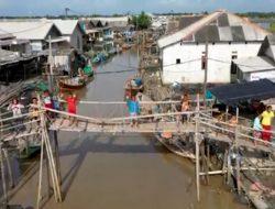 Kisah Nelayan Muaragembong Ditengah Pandemi Paska ROB Jauh Perhatian Pemerintah