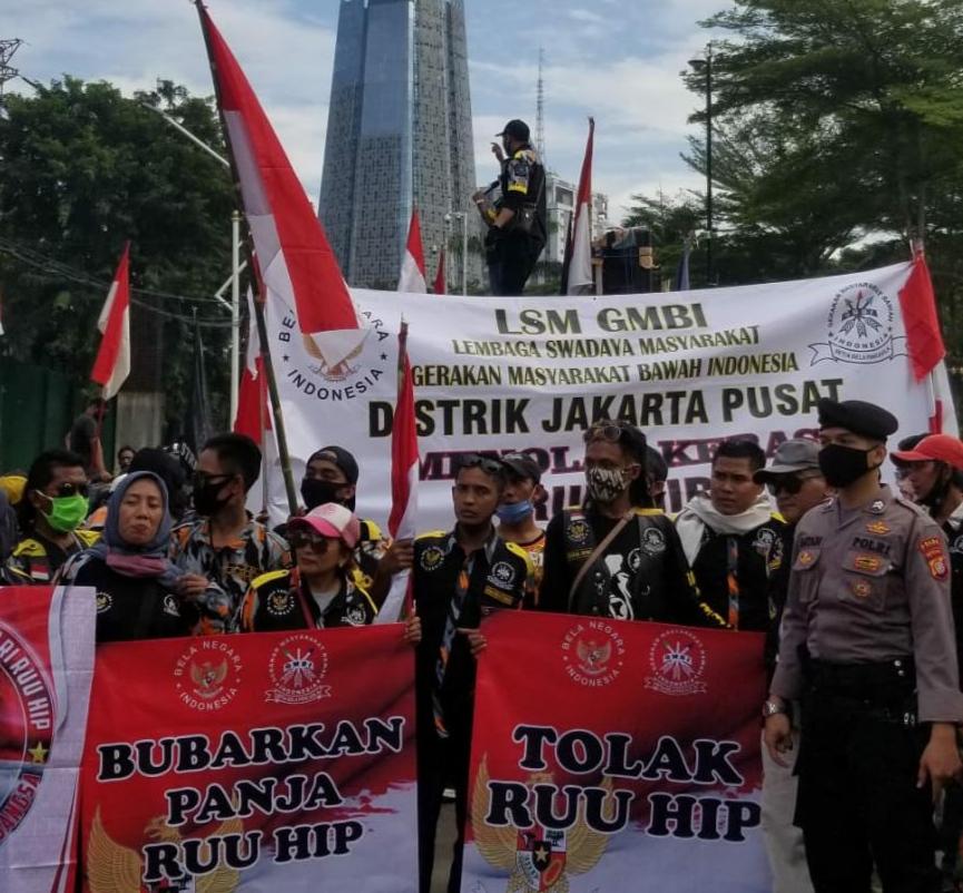 Ribuan massa demo ke Jakarta tolak RUU HIP