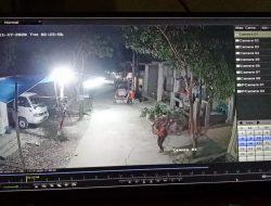 Pencuri Sepeda Terekam CCTV di Perumahan GCC Cikarang