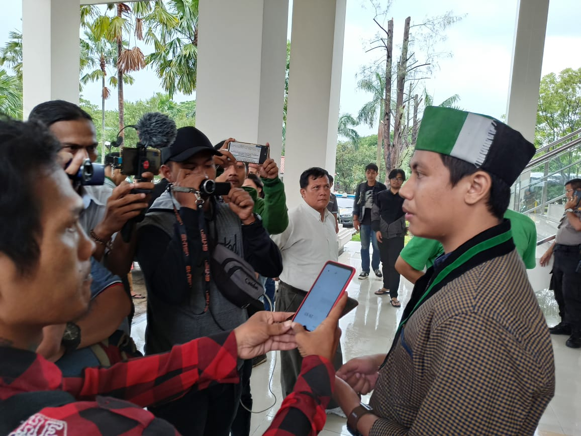 Ketua Umum HMI Cabang Bekasi Ahmad Mustopa Kamal