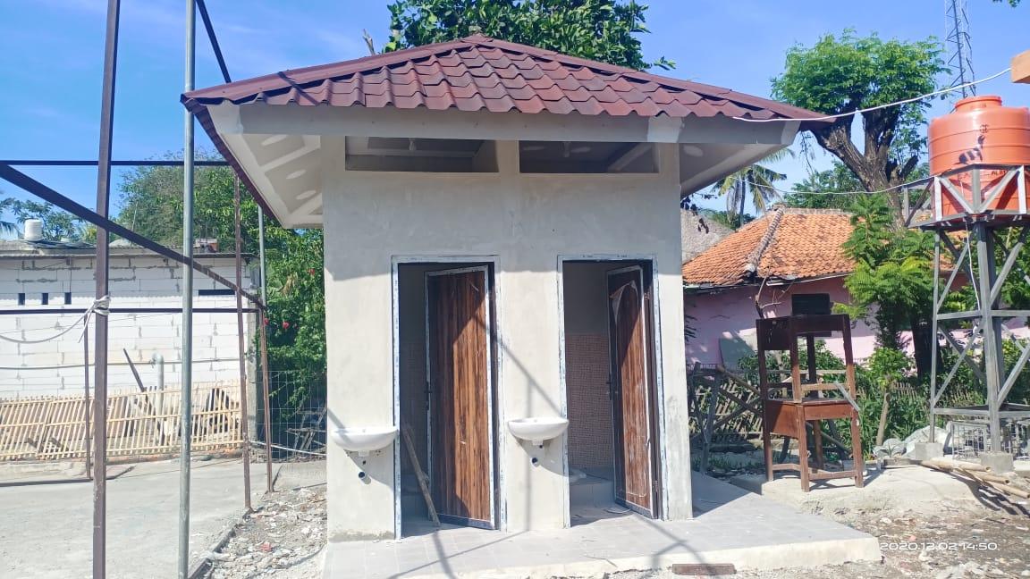 Pembangunan WC di SDN Sukaindah 03 Kecamatan Sukakarya yang menelan anggaran ratusan juta
