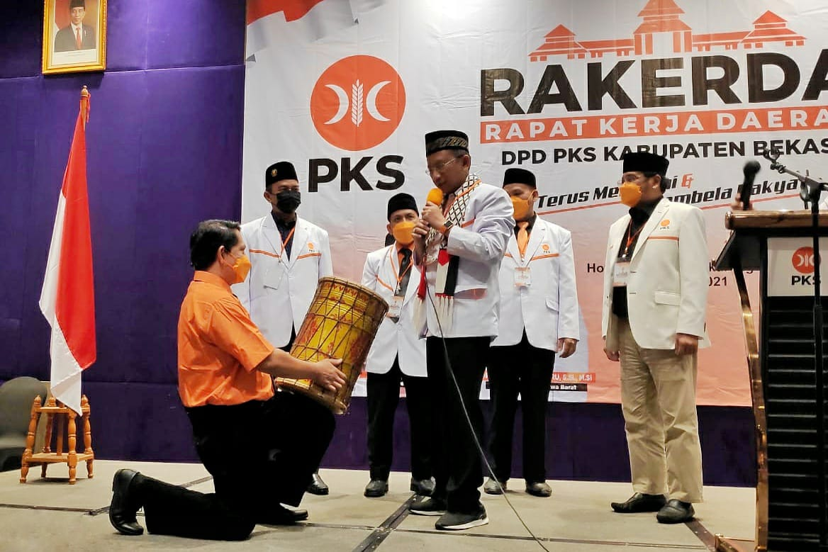 Dewan Pimpinan Tingkat Daerah Partai Keadilan Sejahtera (PKS) Kabupaten Bekasi melaksanakan Rapat Kerja Daerah (RAKERDA), yang dilaksanakan pada hari Ahad (30/05/21) di Hotel Swiss Bellinn Jababeka, Cikarang, Bekasi