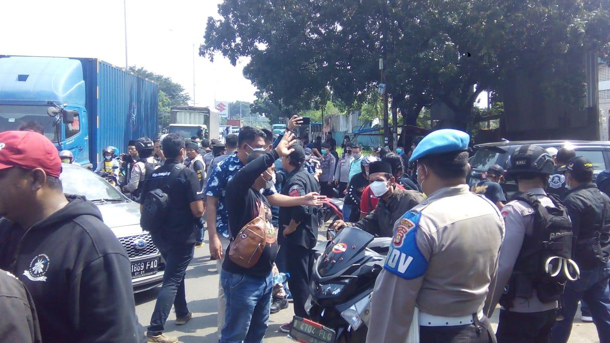 Bentrok Berebut Limbah PT. Suzuki Dua Anggota Ormas Diamankan Polisi di Bekasi