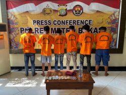 Kasus Pungli, Enam Orang Preman Diamankan Polrestro Kabupaten Bekasi