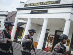 Polrestabes Bandung Amankan 8 Orang Diduga Jajaran Aliran Sesat