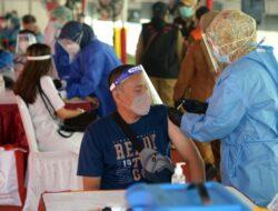 Pemkot Bekasi Sukses Gelar Puluhan Ribu Vaksinasi Massal di Stadion Patriot Candrabhaga