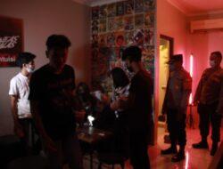 Tidak Ada Kompromi, Polisi Bubarkan Caffe Nekat Beroperasi di Cikarang Timur