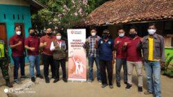 Gerai Vaksin Mobile, Unit 3 Sat Intelkam Polrestro Bekasi 'Dor to Door' Vaksinasi Lansia di Sukamurni